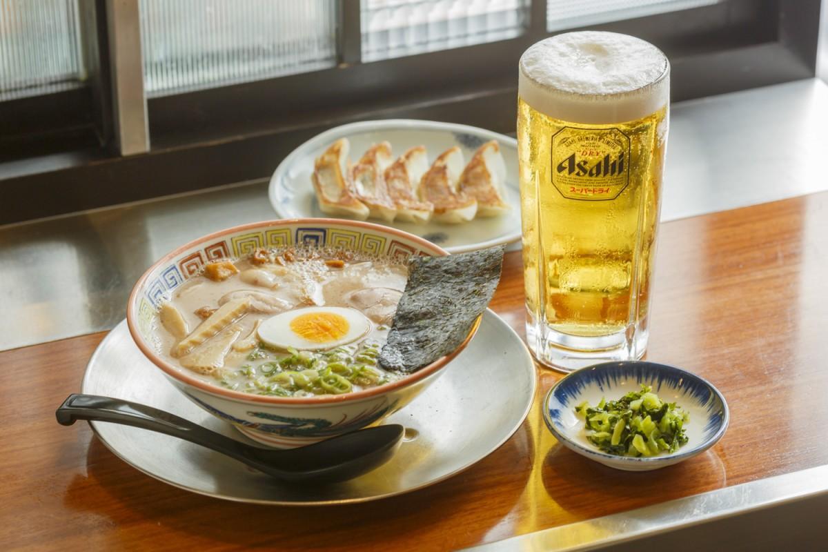 「久留米・大砲ラーメン」の「ラーメン&餃子ちょい飲みセット」