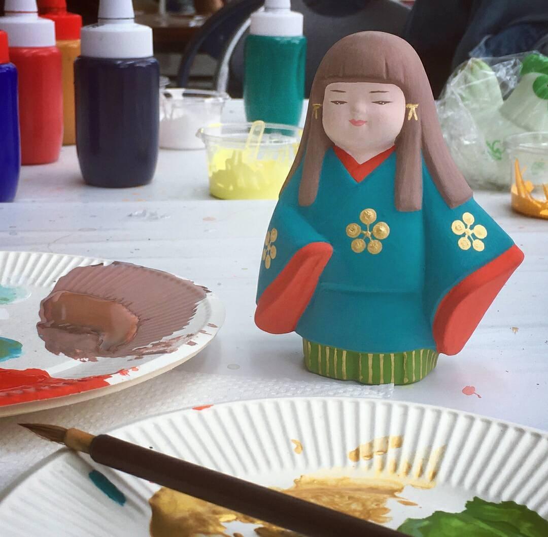 「博多人形絵付け体験」のイメージ