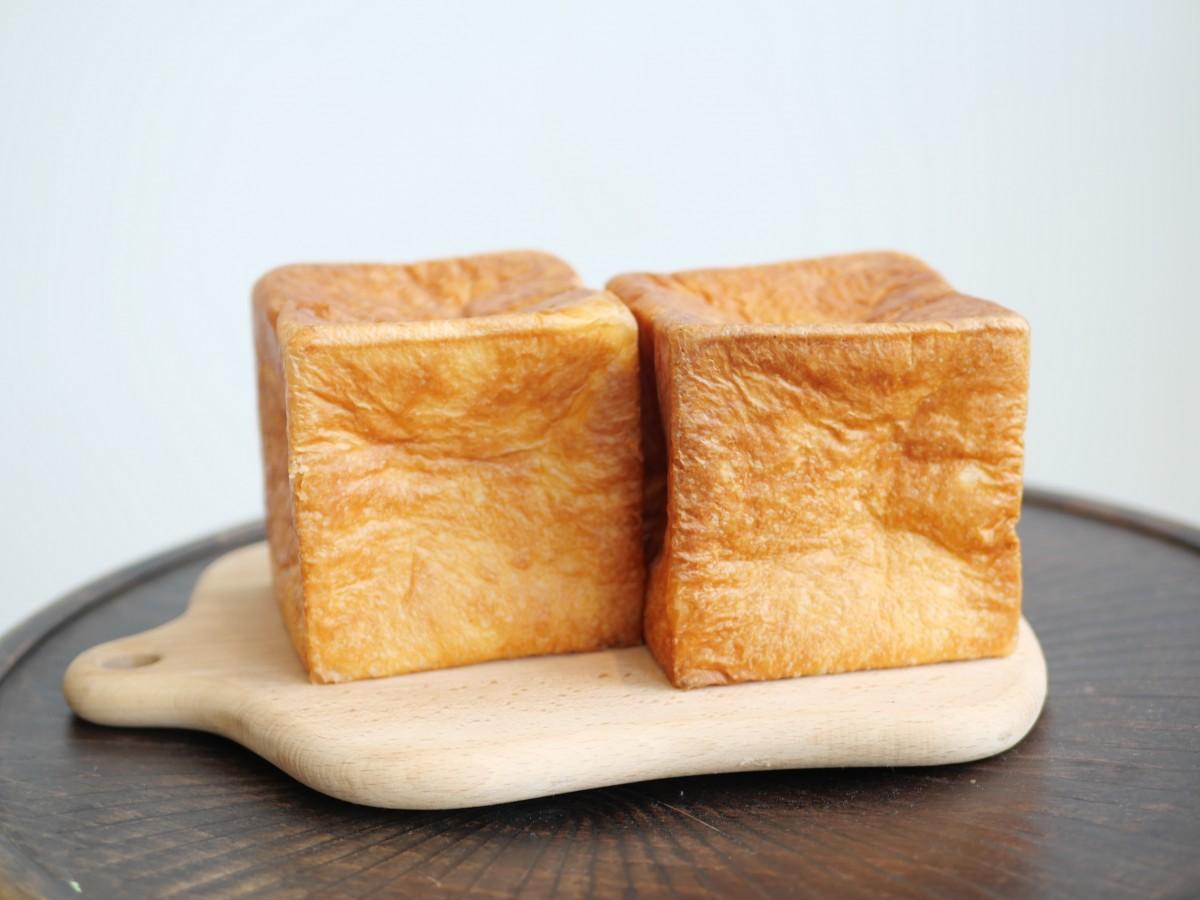 食パン「ムー」