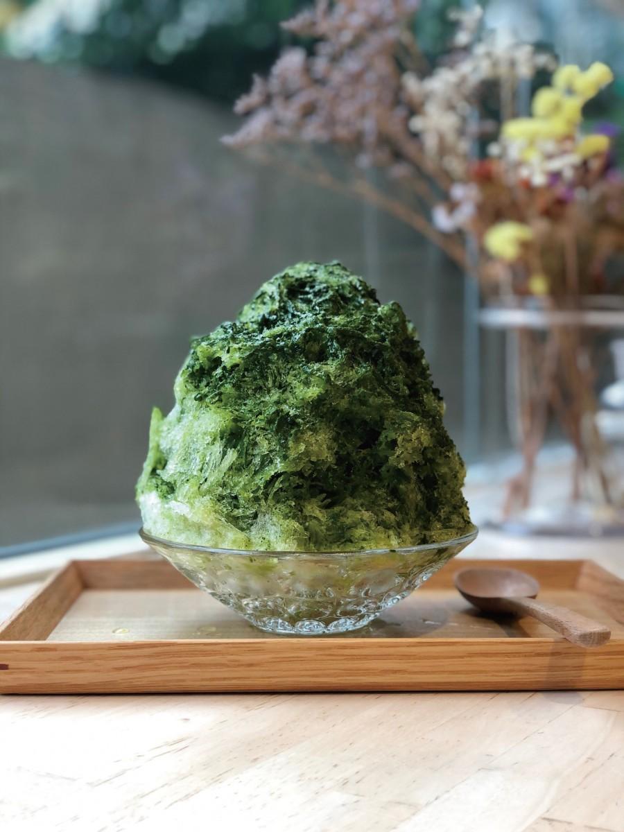かき氷「オーガニック抹茶ミルク小豆」
