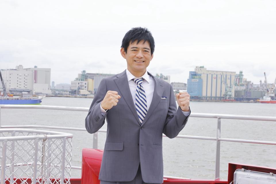 博多座7月公演「羽世保スウィングボーイズ」に出演する博多華丸さん(写真提供:博多座)