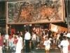 博多の夏祭りの最後を飾る「大浜流灌頂」-巨大「武者絵大灯篭」も