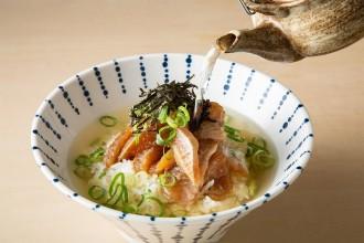 JR博多駅ホームのポップアップショップに「漁師めし 来進」 天然真鯛アレンジし提供