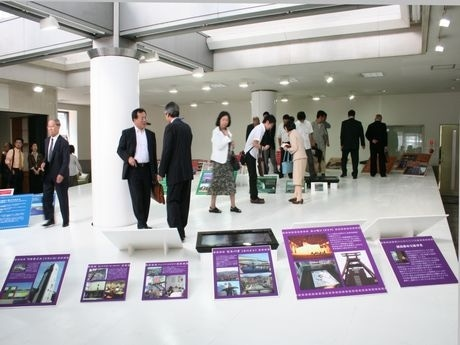 創造空間9001で開催されているパネル展「『クリエイティブ・シティ』って知っていますか?」