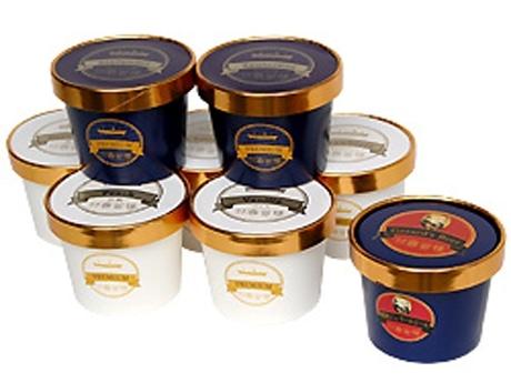 霧笛楼の新商品となるアイスクリーム8種