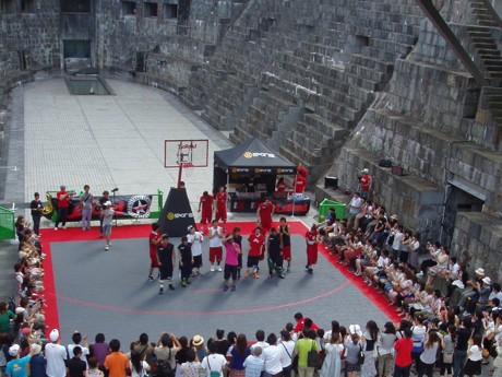 7月20日にドックヤードガーデンで行われた試合の様子