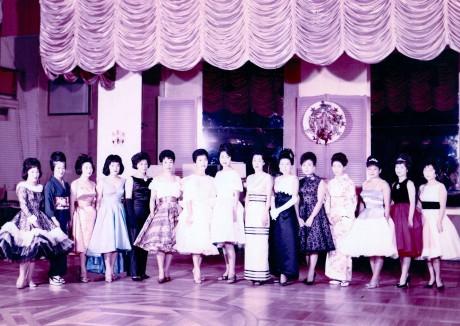 戦後のクリフサイドの踊り子たち(画像提供:クリフサイド)