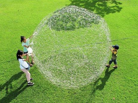 作品「world - sphere」より(奥中章人さん)