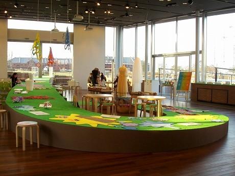 ピクニックスタジオ「横浜ランデヴー プロジェクト展2010」