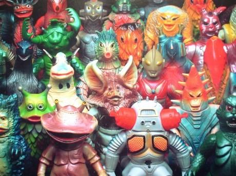怪獣ソフビ人形、特撮ヒーローソフビ人形