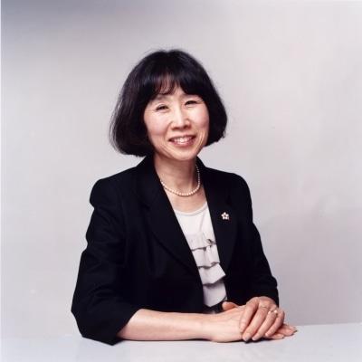 「横浜トリエンナーレ2011」総合ディレクターに就任した横浜美術館館長の逢坂恵理子さん