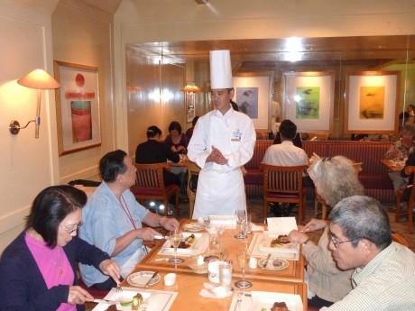 昨年9月に行われた「美食モニターツアー」の様子(横浜ロイヤルパークホテル総料理長 髙橋明さんによる地産地消スペシャルディナー)