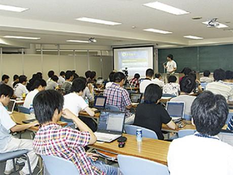 日本Androidの会横浜支部の勉強会風景