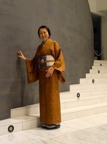 着付け講師の糸賀文音さん(笹島式着付け教室)