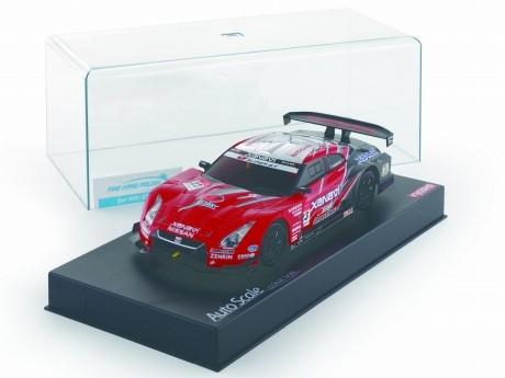 「日産GT-R」の電動ラジコンカー「ミニッツ」