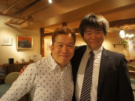 事例を発表する「横浜ビール」太田久士社長とインターン生の山崎慎太郎さん