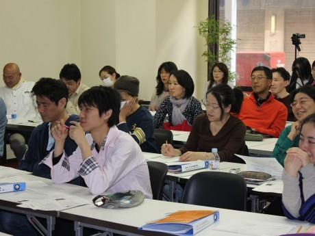 「iSB公共未来塾」の授業を受ける受講生たち
