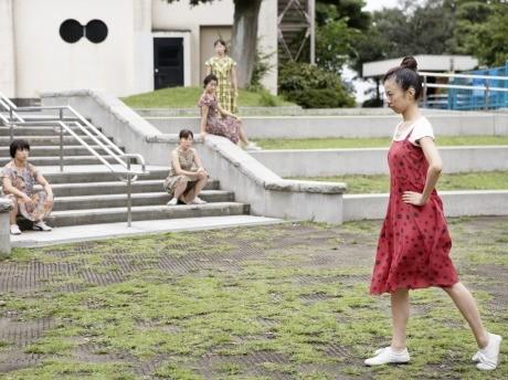 『ずうずうしい、です。』(2010年9月)撮影:北川桃