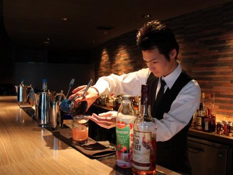 mizumachi barのバーマン今田悠吾さん