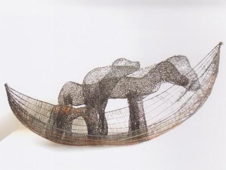 スウェーデン人作家、キーラ マルムステンの作品「Animal transport」