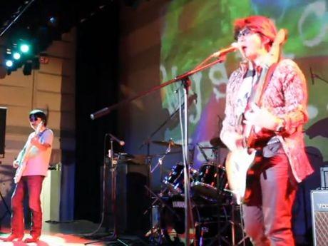 ROCK CITY YOKOHAMA で演奏するMystic Waters