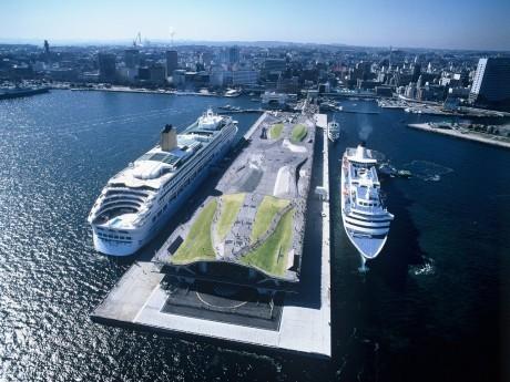 会場となる横浜港大さん橋国際客船ターミナル