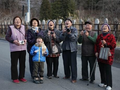 写真展「大槌の宝箱」の写真を撮影した大槌町民たち