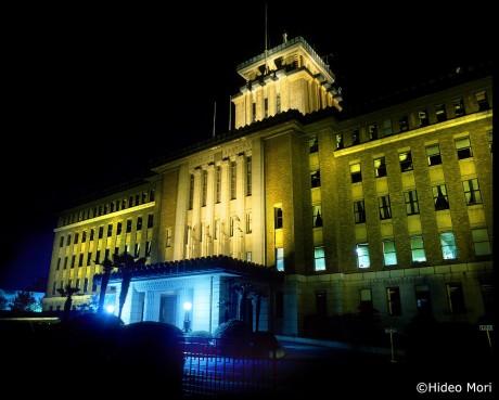 通称キング「神奈川県庁」の外観 (©森日出夫)