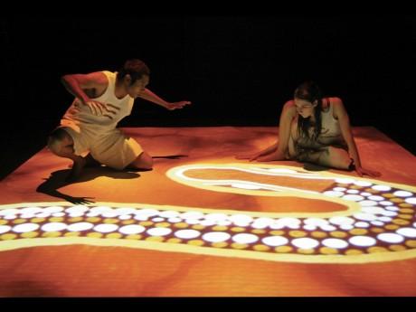 こどもと旅する魔法のダンス・カーペット「ソルトブッシュ」の様子