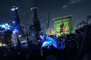 新港ふ頭でダンス公演「DANCE TRUCK」-6tトラックを舞台に