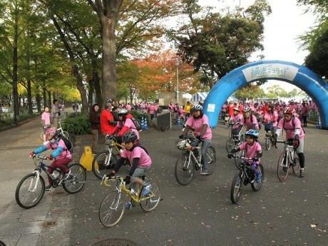 昨年の横浜エコライド・スタート時の様子