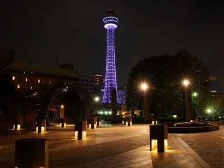 横浜マリンタワーのライトアップイメージ