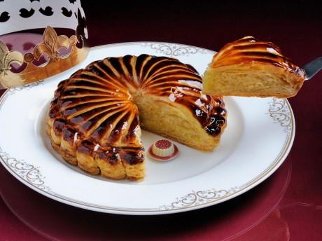 フランス伝統菓子「ガレット デ ロア」