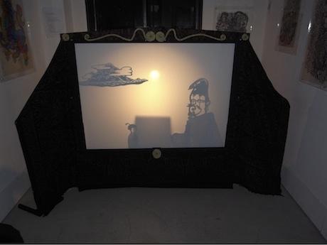 「極楽金魚」初演時の舞台風景