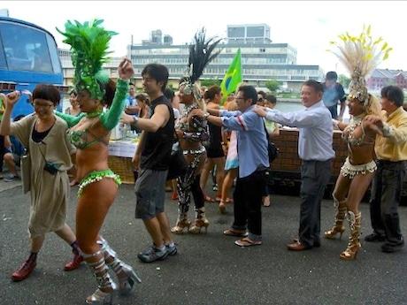 2012年にBankART Studio NYKで行われた「Brazil Connection」の様子