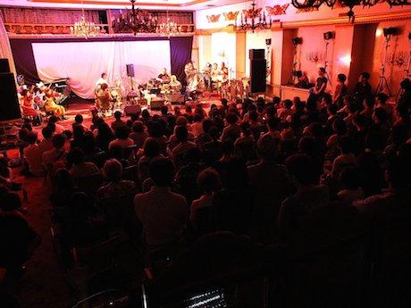 2013年に開催された第一回の様子。4日間でのべ600人が来場した