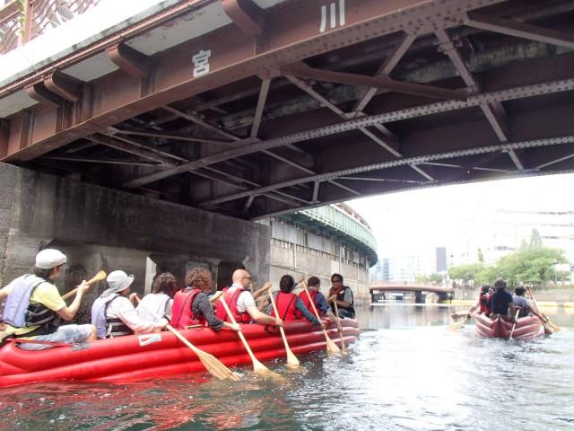 横浜の都心臨海部のSUPやカヤックなどの「水辺活動」は、ここ数年盛り上がりをみせている