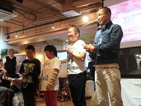 (右から2人目)横浜ビール代表の太田久士さん