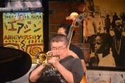 横浜エアジンで紛争解決人・ジャズトランぺッターの伊勢崎賢治さんのライブ&トーク