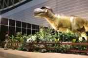 パシフィコ横浜で「ヨコハマ恐竜展」が開幕 17体の動く恐竜ロボットも