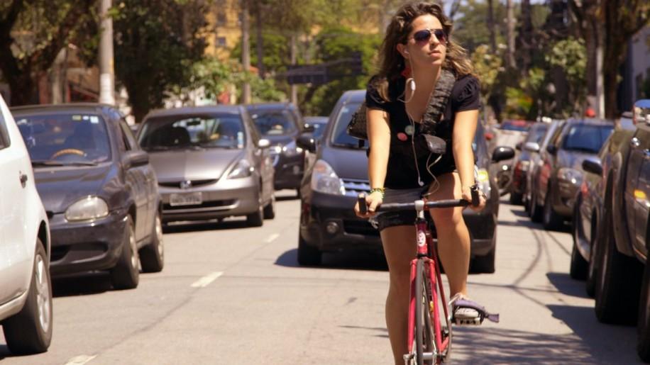 映画「Bikes vs Cars」より