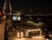 横浜赤レンガ倉庫で秋の夜長を楽しむ野外シネマ「Open Air Cinema」