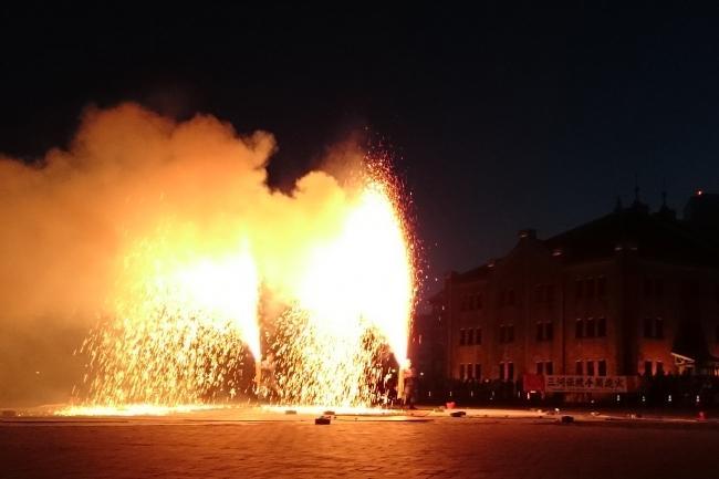 450年以上の歴史を持つ「三河伝統 手筒花火」