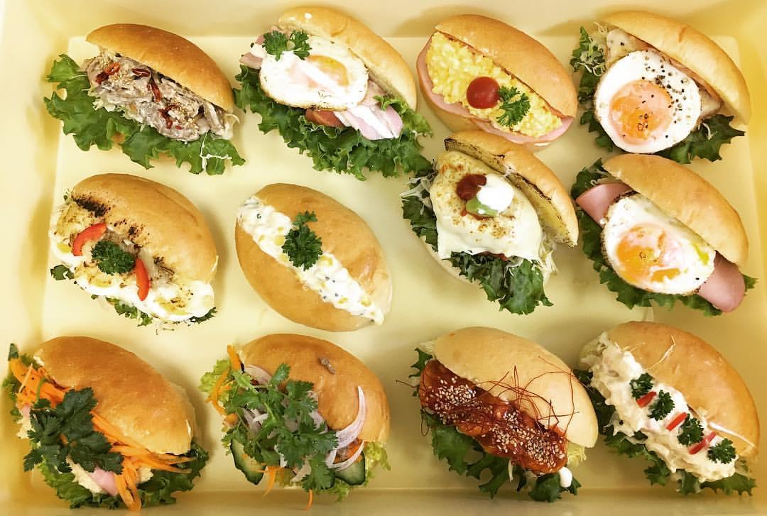 コッペパンハウス「パン屋のオヤジ」のバラエティー豊かなコッペパン