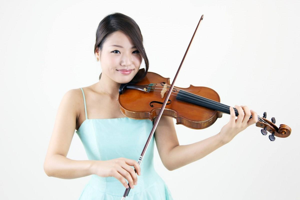 バイオリニストの西田早良さん