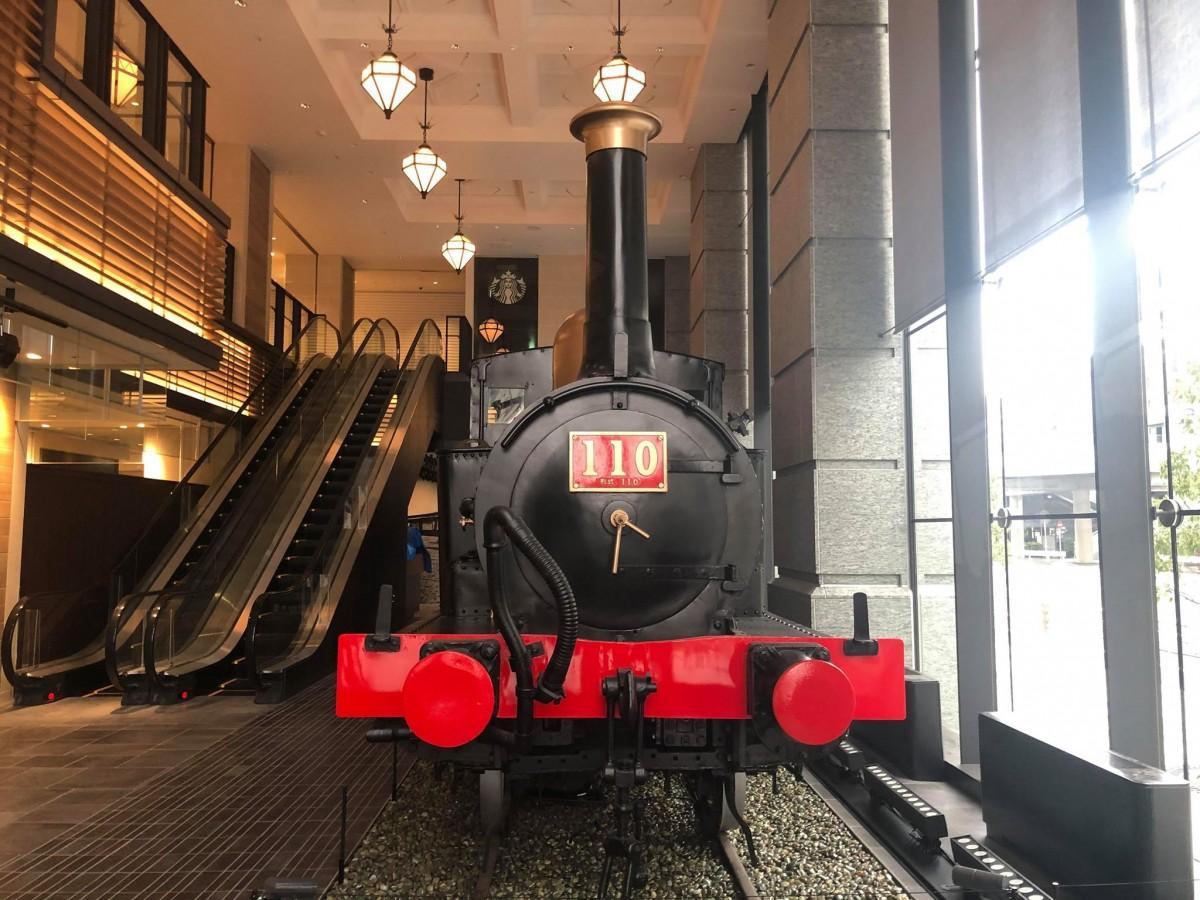 蒸気機関車を見下ろすことができる汽車ラウンジを設置した保育園