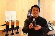 浜松の老舗ソース屋で量り売り 64通りの組み合わせから自分好みのソースを