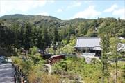浜松・方広寺、大河ドラマロケ地の禅堂を初公開 住職の案内で