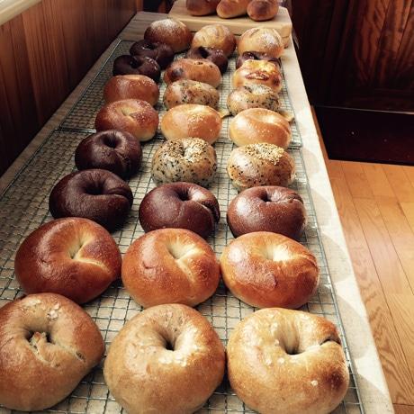 浜松・高塚町にパン店 ベーグル主軸に天然酵母と国産小麦のパンなど