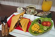 浜松・平口にホットサンド専門カフェ 120通りの組み合わせで提供